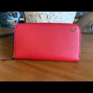 Authentic Gucci Red Leather Plaque Wallet